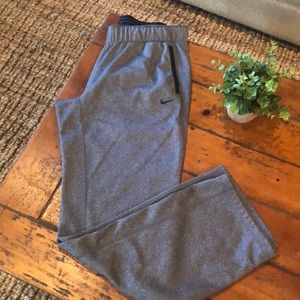 Nike therms-fit athletic pant
